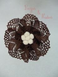 Encaje marrón + madroño f blanco