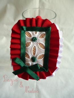 Rectangular plisaito rojo y lazo verde